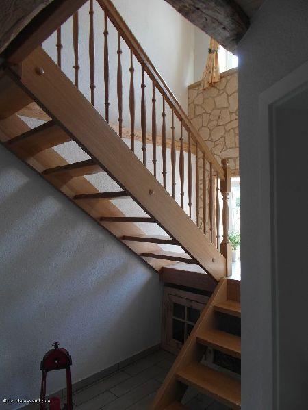 Eck-Holztreppe